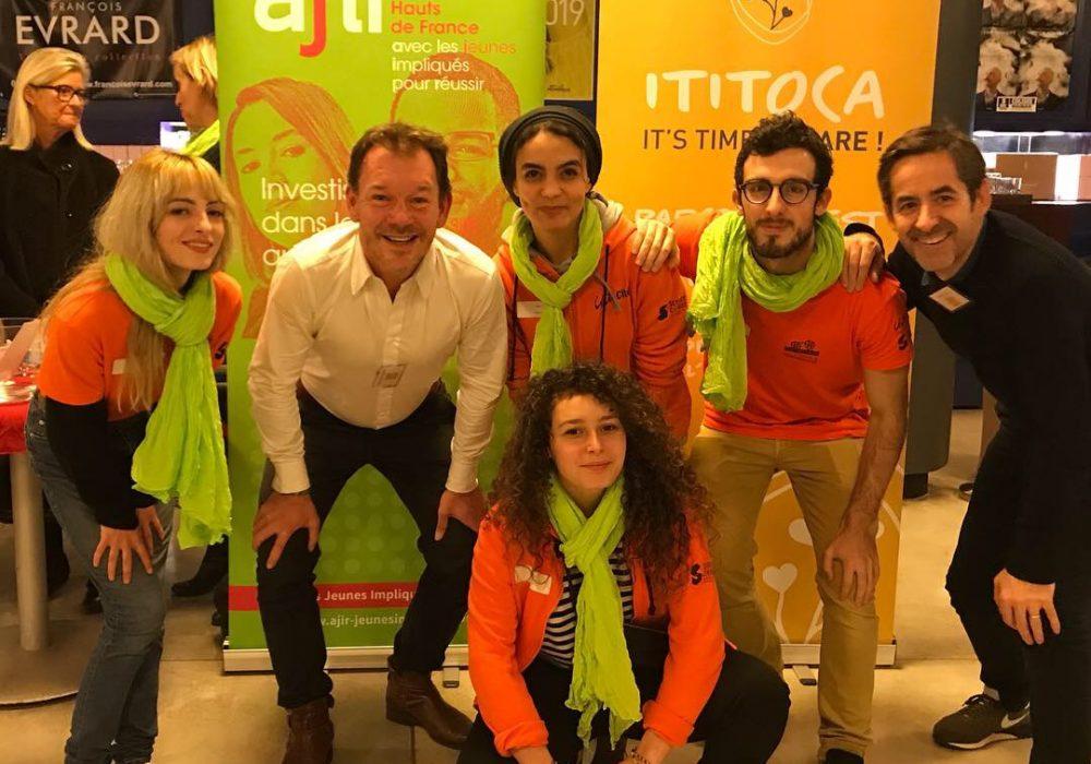 Vente de carnet Ititoca au profit de l'association Ajir lors de Soirée de l'Optimiste au colisé de roubaix