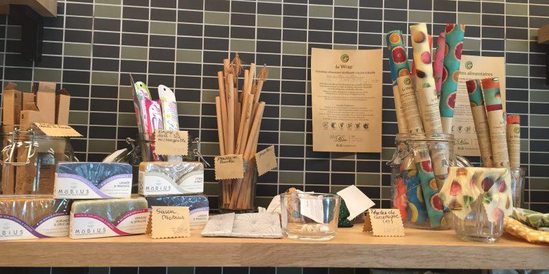 Paille et brosse à dents en bambou